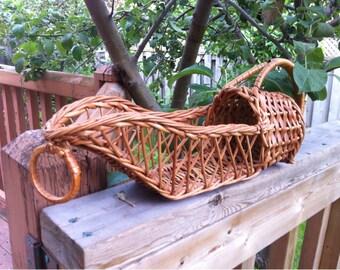 Wine Bottle Wicker Basket / Bottle Wicker Holder / Rattan wicker Basket for Wine Bottle /