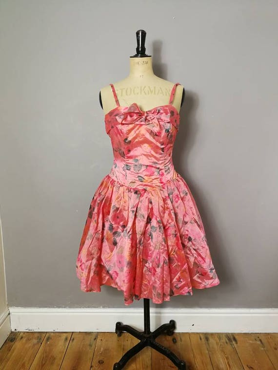 Pink 50s style prom dress / pink with roses short ballerina style frock / vintage prom dress with net skirt / 80s party dress / coral dress