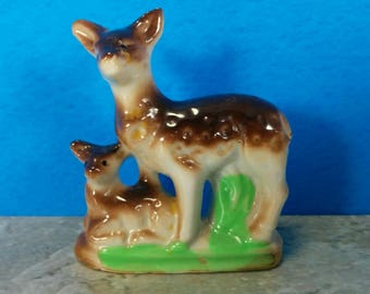 Vintage Ceramic Deer Figurine with Baby Deer - Made in Japan - Kitsch Figurine Deer and Doe