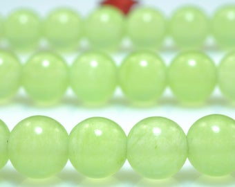 62 pcs of Prehnite Jade smooth round beads in 6mm