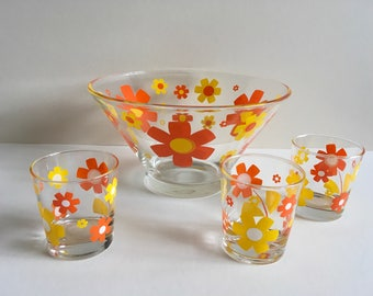 Mid Century Punch Bowl And Tumblers.