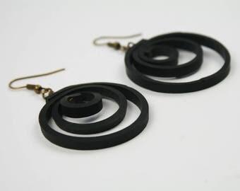 Upcycled inner tube earrings. Vegan black earrings TANGA. Recycled inner tube jewelry. Original gift for her.