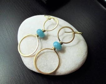 Handmade brass wire earrings.Amazonite gemstone.
