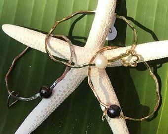 Hawaiian Cable Bracelet W/Freshwater pearl