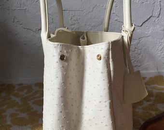 Large Vintage White/Cream Ostrich Handbag