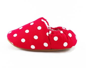 Red and White Polkadot Soft Soled Baby Shoes | Fabric Baby Shoes | Handmade Baby Booties | Prewalker Shoes | Non Slip Baby Shoes