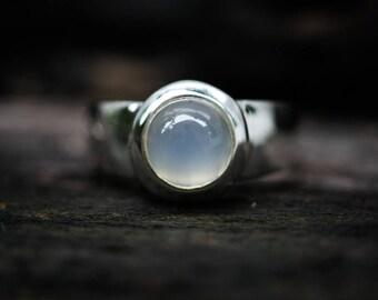 Moonstone Ring sizes 5 to 8 - Shimmering True Moonstone  - Orthoclase moonstone rings 5, 6, 7, 8 - shimmering moonstone ring  Gemstone Ring