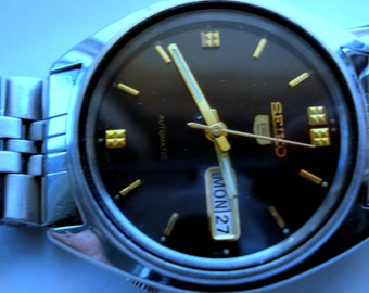 Vintage Genuine SEIKO 5 Watch/Automatic 17 Jewels Day Date Men's Excellent Wrist Watch/Fully Working
