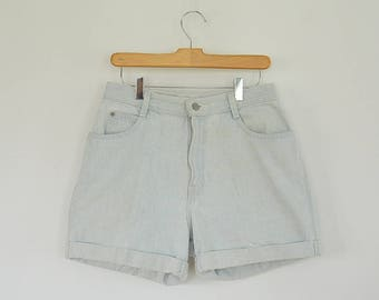 "Gitano Jeans 80's Cuffed Denim Shorts High Waist Light Wash Size 10 with 30"""" waist 42"" hips Great condition"