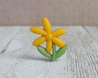 Yellow Flower - Wild Flower - Spring - Bloom - Shop - Bouquet - Wedding - Lapel Pin
