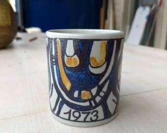 Annual Fajance mug 1973, Royal Copenhagen, Gerd Hiort Petersen