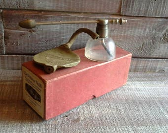 Vintage DeVilbiss no.16 Nose and throat Sprayer