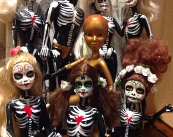Bizarrebies  #dayofthedead, #DíadeMuertos, #Día de los Muertos, #handpainted doll