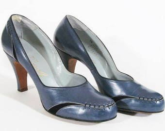 1940s vintage round toe thick heel steel blue leather shoes Size 8.5 A to B