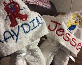 Monster Hooded Peeker Towel - Birthday Gift - Beach Towel - Personalized Bath Towel