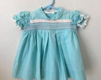 Vintage Smocked baby dress, 50/60s baby dress, blue pink and white smocking, Peter Pan Collar, 9 months