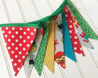 Superhero/Comic Book Bunting Banner, Party Decor, Baby Shower Decor, Nursery Decor, Photo Prop, Fabric Bunting, Pennant Banner, Bunting