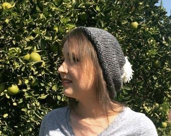 Hand knit beanie with pompom