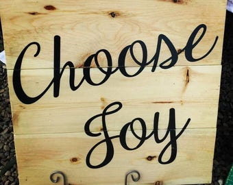 Choose Joy Wood Sign 16.5 x.16.5