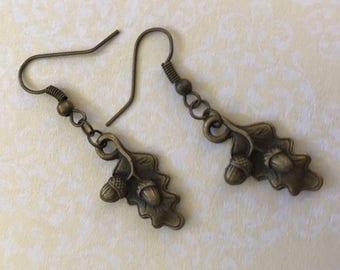 Oak Leaf & Acorn Nature Earrings–Antique Bronze Forest Woods Tree Festival