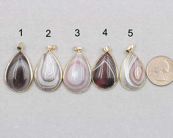 Agate Pendants -- With Electroplated Gold Edge Agate Charms Wholesale Supplies YHA-078