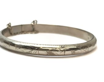 Sterling Silver Hinged Bangle Bracelet with Engraving - Vintage 1970's