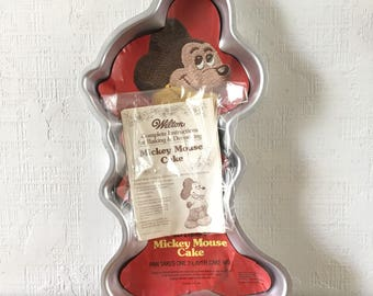 NEW Mickey Mouse Cake Pan by Wilton with instruction book 1978 vintage