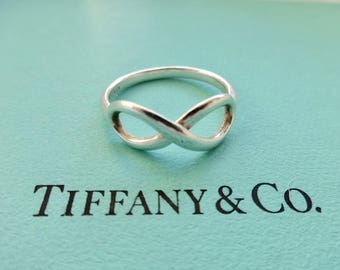 Authentic Tiffany & Co. Sterling Silver Infinity Figure 8 Band Ring, Size 7