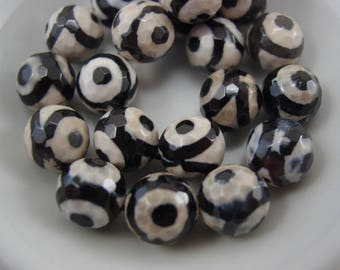 Glass Evil Eye Bead Black and White 10 mm Faceted. Protection Bead. 8285