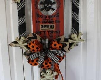 Halloween Square Door Decor.  Skeleton wreath.  Rustic Halloween Skeleton Wreath Bow Wreath