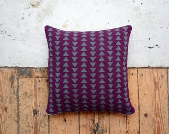 PDF Download - Two Tone Hand Knitted Geometric Nacho Chip Patterned Cushion Cover