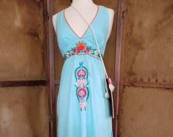 Vintage Embroidered 70s Baby Blue Dream Dress / Bohomian Dress