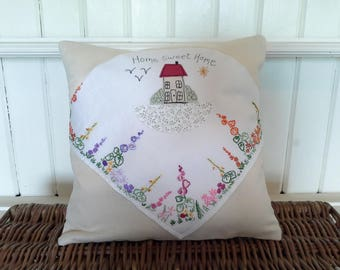 Home Sweet Home Cushion. Home decor. Housewarming gift. Gift for home.New home gift. Vintage cottage cushion.Cottage pillow.Vintage floral