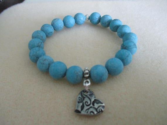 Magnesite and Tierra Cast Heart Charm Stretch Bracelet B616173