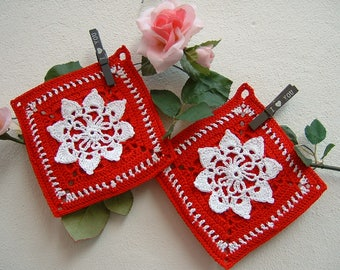 Crochet pot holders-pair of red and white cotton pot holders-Two Christmas crochet pot holders-full kitchen-Christmas gifts