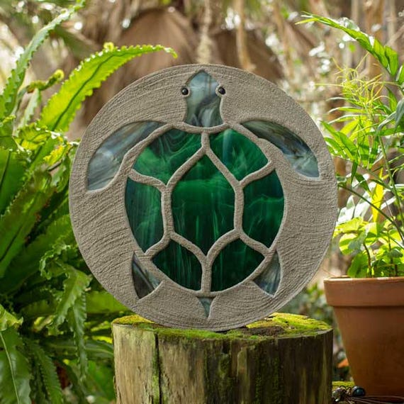 "Sea Turtle Stepping Stone, Large 18"" Diameter Made with Concrete and Stained Glass, Perfect for Your  Patio or Backyard Garden Path #789"