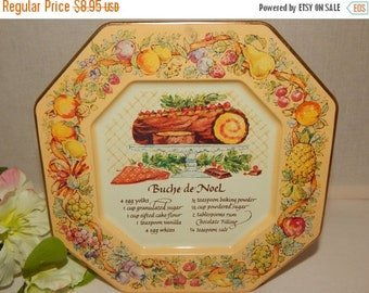 Serving Tray Buche de Noel Recipe Metal Christmas Wall Hanging Plate Vintage Avon 1982 Tin Platter Holiday Home Decor Made in England