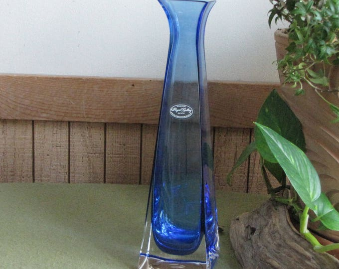 Blue Crystal Vase Royal Gallery 24% Lead Crystal 1995 Made in Italy Florist Ware