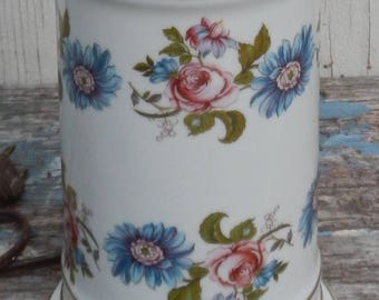 Sweet Vintage Floral Cottage Chic Accent Lamp!