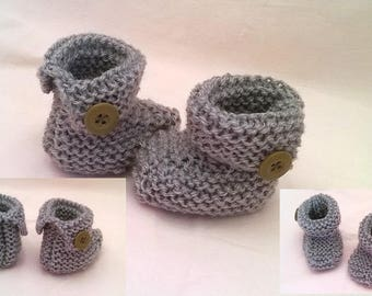 Booties wool baby boots with buttons