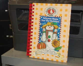 Welcome HOME For The HOLIDAYS - Goose berry Patch Book - Harvest, Christmas, Holiday Recipes, Decorating, Tips, Traditions, Easy Make Gifts!