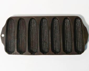 Vintage Griswold No 273 Cast Iron Crispy Corn Stick Pan