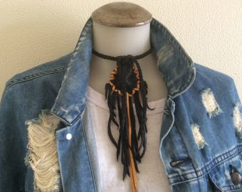Small Medicine Bag, Medicine Pouch, Handmade Deer Hide Neck Pouch Fringe, Black  Deerskin Fringed Pouch With Braid Necklace, Made in Canada