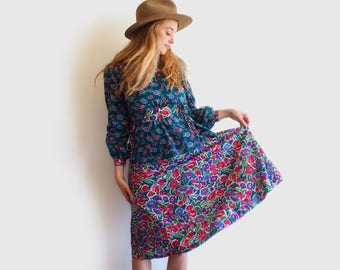 SALE vintage floral folk dress