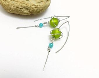 Boucles d'oreille vert bleu, verre, pierre et acier chirurgical (GC3)