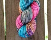 Dirty Beach  |  Carribbean Fingering  |  hand-dyed yarn  |  blue sand red purple speckles |  % 75 SW Merino 25 Nylon 4-Ply