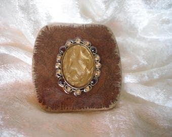 cabochon mother of Pearl beige / light brown