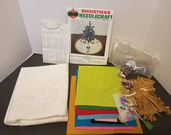 Vintage Bucilla tree Skirt Kit up,up,and away