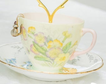 SUMMER SALE Vintage Teacup Trinket and Jewelry Stand