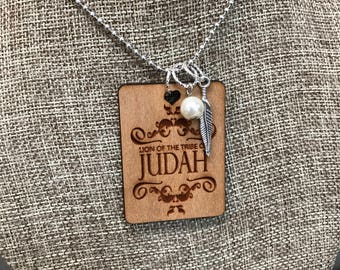 Lion of Judah Quote Necklace, Believe Quotes Group Gift Ideas, Handcrafted Jewelry, Laser Engraved, Customized Jewelry, Bursting Bar